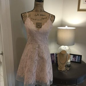 NWOT Keepsake Lace Dress Size M